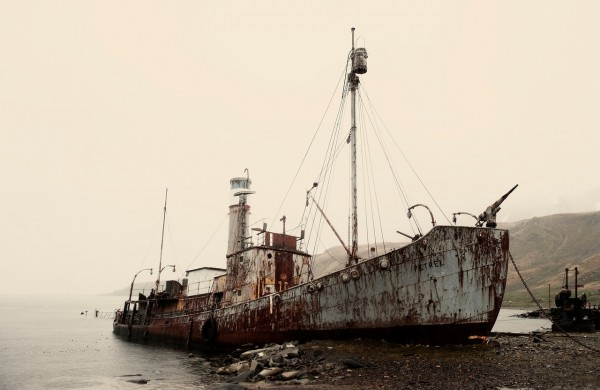 The_incredibly_eerie_hulk_of_an_old_whaling_ship_on_South_Georgia_Island._(8389371651)